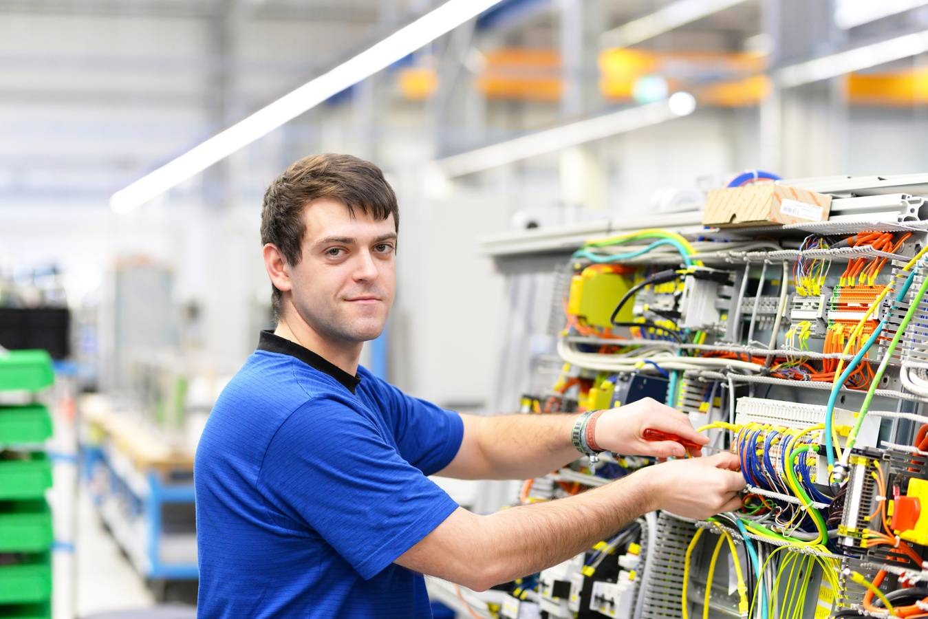 Elektroniker - Gebäude- und Infrastruktursysteme